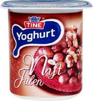 Bilde av TINE Yoghurt Nyt Julen Hasselnøtt/Valnøtt.