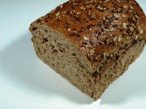 Prøv også Mesterbakeren sammenbakt kornbrød.