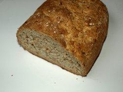 Bilde av Coop steinbakt grovt brød med solsikkefrø.