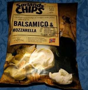 Bilde av Sørlandschips med balsamico og mozzarella.