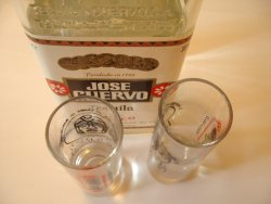 Prøv også Jose Cuervo.