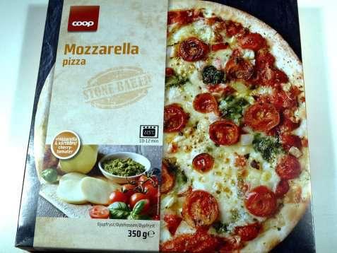 Bilde av Coop mozzarella pizza.
