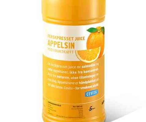 Bilde av Cevita ferskpresset appelsinjuice med fruktkjøtt.