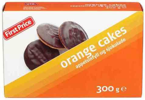 Bilde av First price orange cakes.