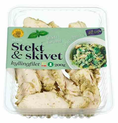 Bilde av Den stolte hane stekt og skivet kyllingfilet pesto.