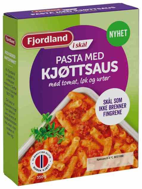 Bilde av Fjordland pasta med kjøttsaus med tomat, løk og urter.