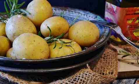 Bilde av Potet, lagringspotet, kokt med skall.