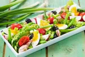 Prøv også Salat Nicoise.
