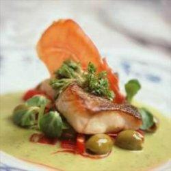 Prøv også Saltbakt torsk med basilikumsaus.