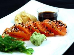 Prøv også Sashimi (Sushi).