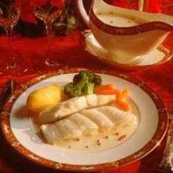 Dampet kveite med reker og Noilly Prat saus oppskrift.