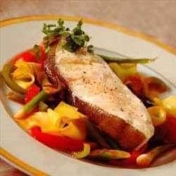 Kveite med grønnsaker oppskrift.