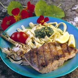 Prøv også Grillet laksefilet med pasta og fennikel.