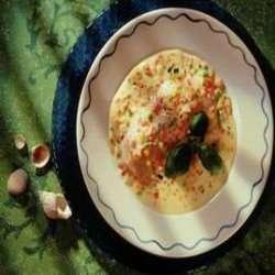 Prøv også Laksefilet med rømme og grønnsakssaus.