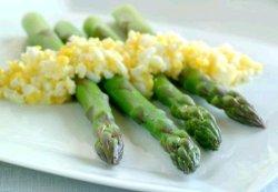 Prøv også Asparges med hardkokte egg.