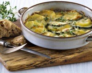 Prøv også Poteter og squash med ost og urter.