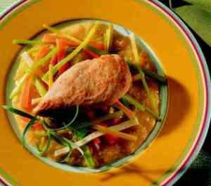 Prøv også Kyllingfilet med rotgrønnsaker og ingefærsaus.