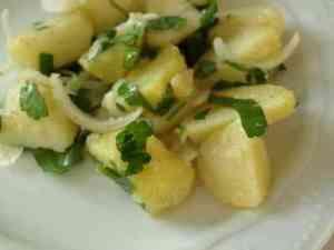Prøv også Gresk potetsalat (Patatosalata).