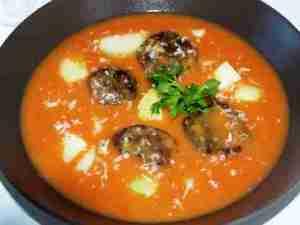 Prøv også Tomatsuppe med fiskeboller.