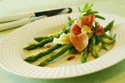 Prøv også Asparges med skinke og parmesan.