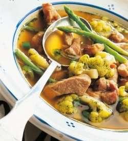 Sommersuppe med svinekjøtt oppskrift.