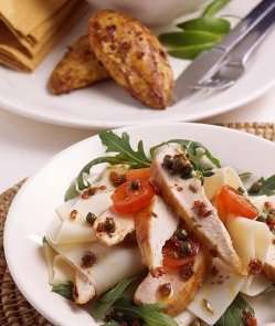 Prøv også Chili-lime kylling med pasta.
