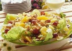 Les mer om Kyllingsalat med pean�tter hos oss.