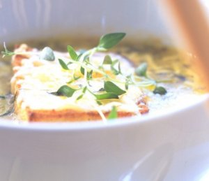 Les mer om Løksuppe som i Provence hos oss.