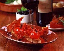 Landbrød med bakt tomat (tapas) oppskrift.