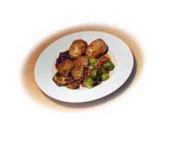 Prøv også Elgkjøttkaker med rosenkål og steinsopp.
