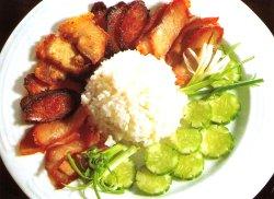 Thailandsk rødsvinekjøtt og ris oppskrift.