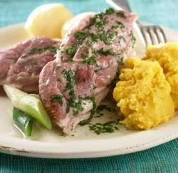 Prøv også Salt lammekjøtt med kålrotstappe.