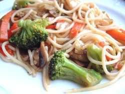 Bilde av Vegetarwok med spaghetti.