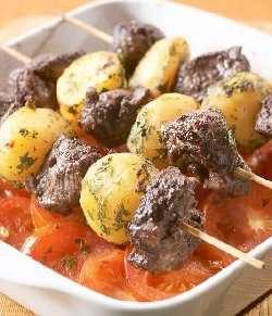 Spyd med lam og poteter oppskrift.