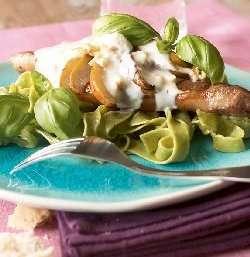 Prøv også Lammekoteletter med ingefær og pære.