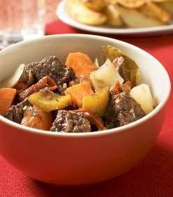 Prøv også Estofado de carne  spansk lapskaus.