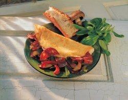 Les mer om Omelett med Spekepølse hos oss.