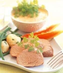 Prøv også Helstekt svinefilet med Tropisk saus.