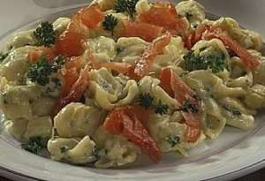 Prøv også Pastasalat med røkelaks eller skinke.