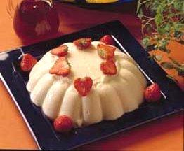 Semulepudding og rød saus oppskrift.