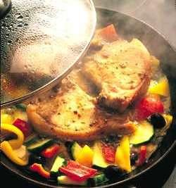 Prøv også Brasserte koteletter med spansk vri.