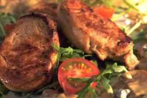 Prøv også Indrefilet av svin med saus av blåmuggost.
