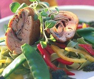 Prøv også Kyllingrulade med skinke- og ostefyll.