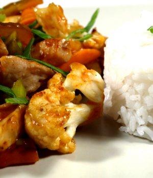 Prøv også Wokkede kyllingstrimler og grønnsaker.