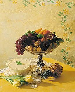 Prøv også Frisk frukt med råkrem.