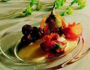 Prøv også Glaserte frukter med sabayonnesaus.