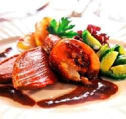 Prøv også Stekt gås med sjysaus og stekte poteter.