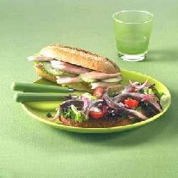 Prøv også Bruschette med mediterrane matjes .