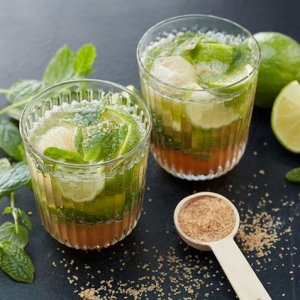 Mojito cocktail oppskrift.