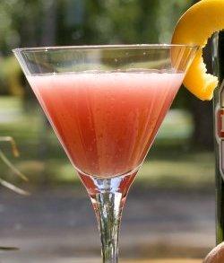 Pernod & Peach cocktail oppskrift.